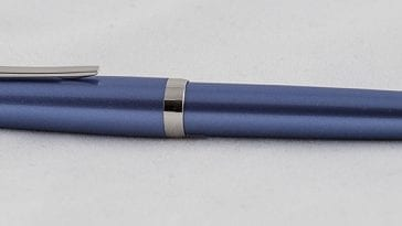 Pilot falcon with semiflex nib blue complete fountain pen